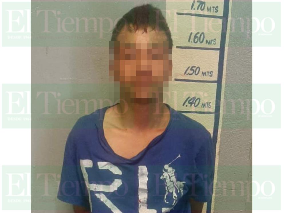 Sujeto es detenido en Monclova por golpear a mujer policía