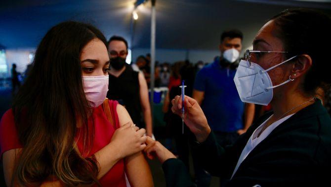 COVID-19: 271 mil 303 las defunciones por coronavirus en México