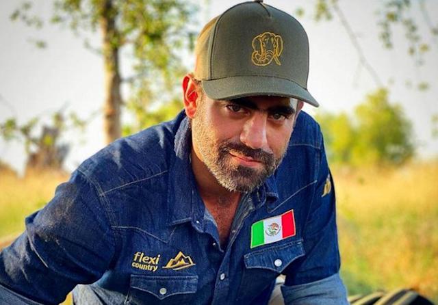 Arturo Islas ignora las críticas tras estar a la deriva en Sonora