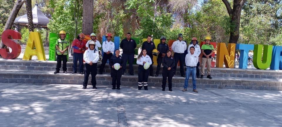 Autoridades de San Buenaventura reconocen en su día a elementos de Protección Civil