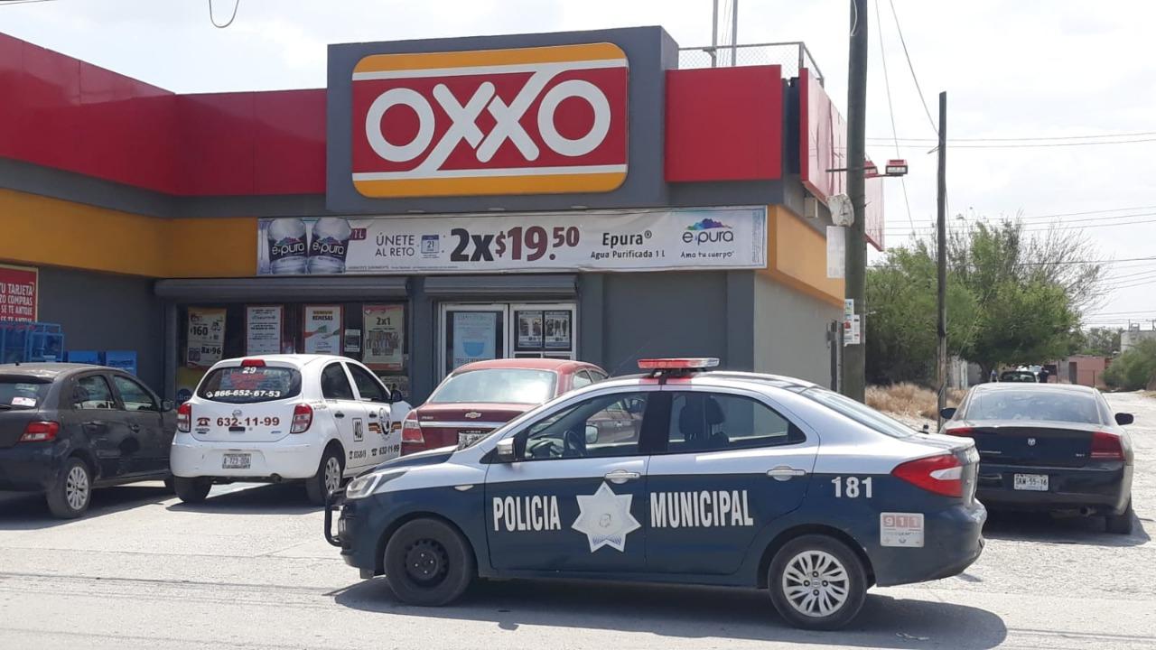 Ladrón solitario asalta Oxxo en Monclova