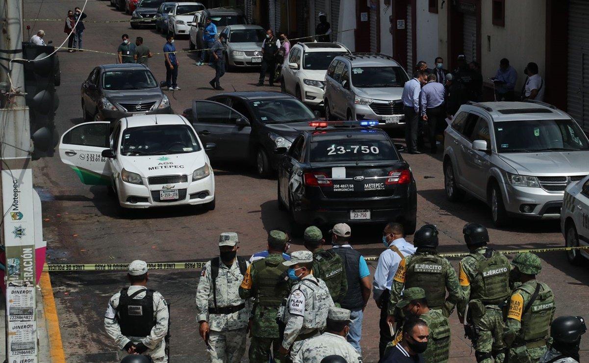 Balacera en calles del centro de Metepec deja al menos un muerto