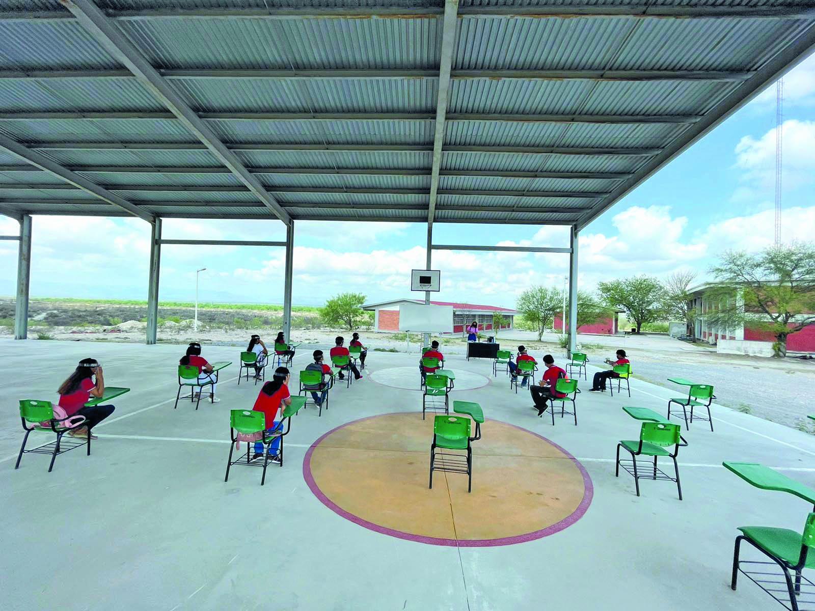 Las Primarias se incorporarán a clases presenciales hasta el 2022