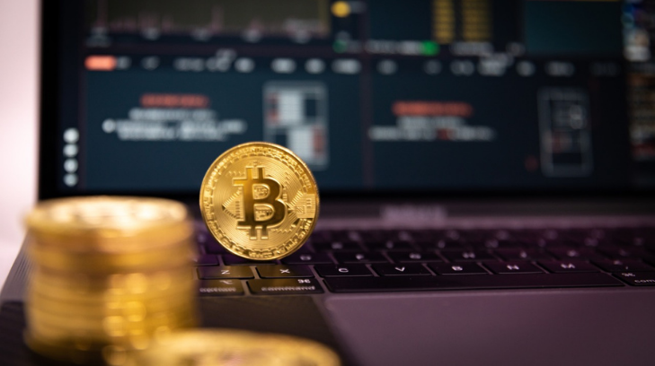 China prohíbe el uso del bitcoin y criptomonedas