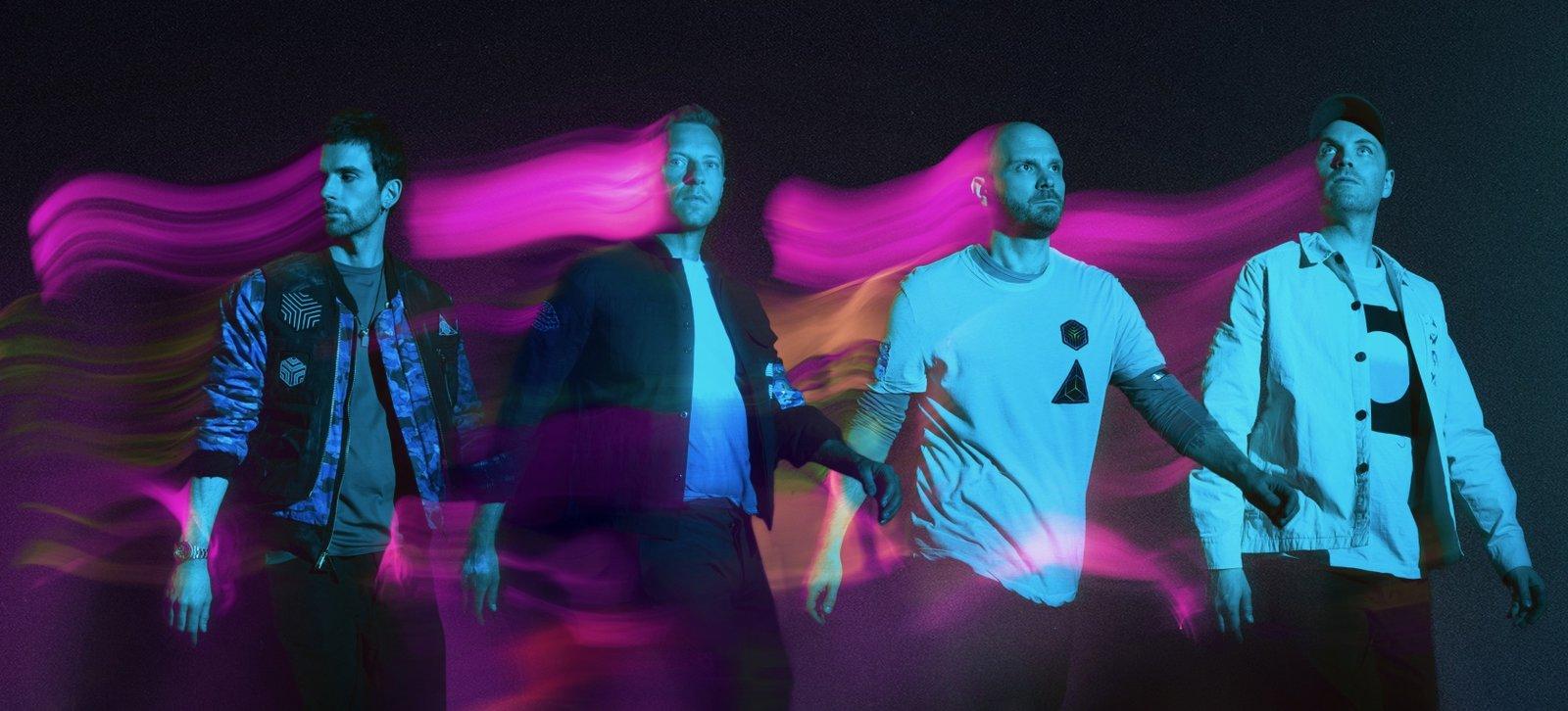Coldplay y BTS apoyan al amor libre con 'My Universe'