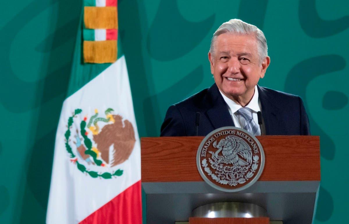¿Qué dice el artículo 33 de la Constitución mexicana?
