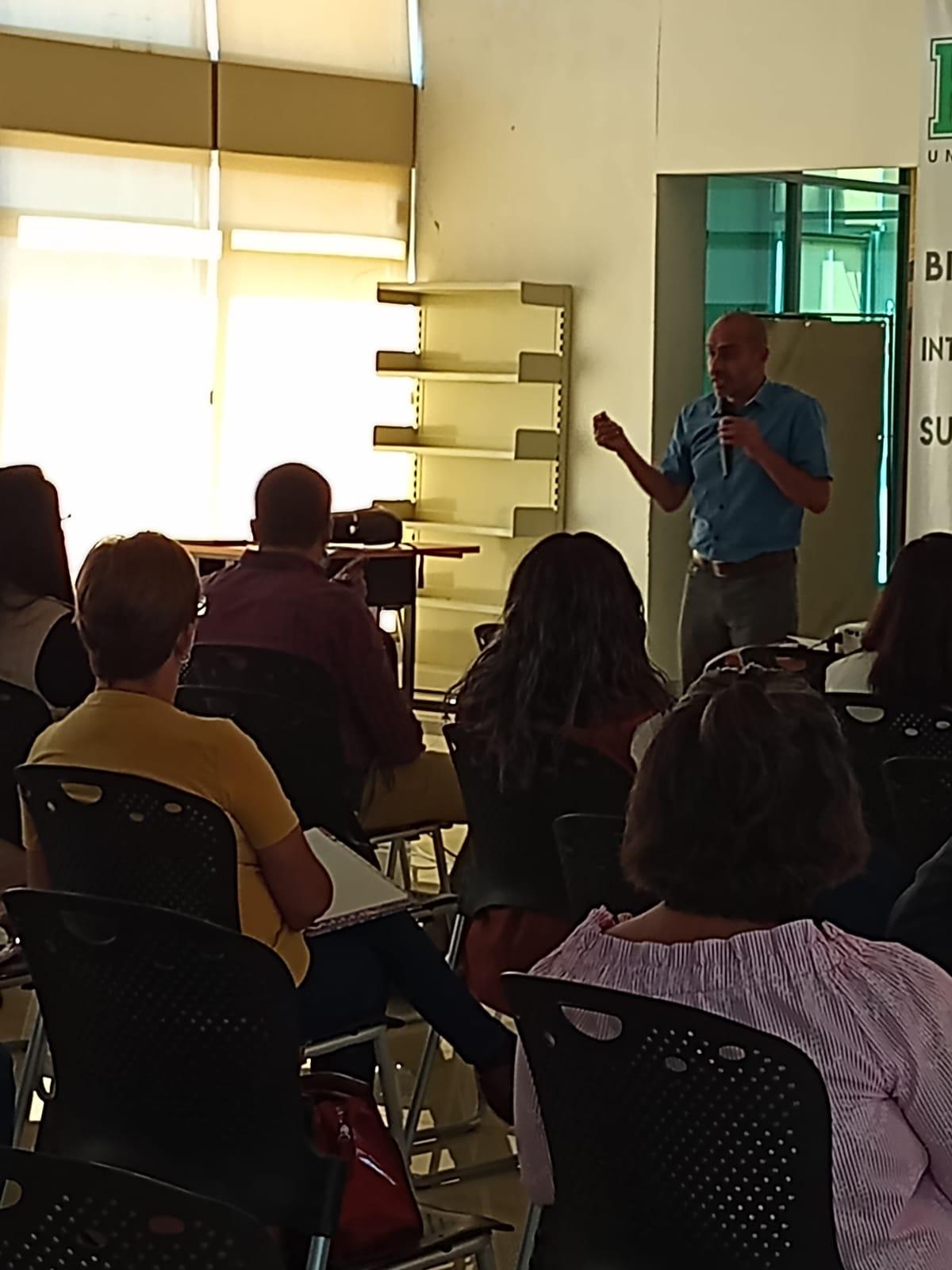 Autoridades educativas imparten cursos para niños especiales en Frontera