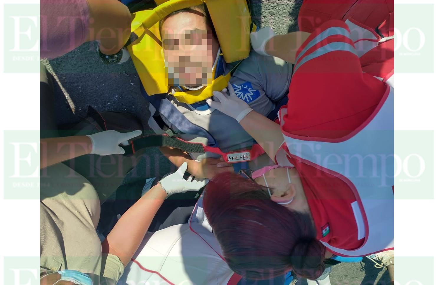 Albañil causa fuerte choque en Monclova