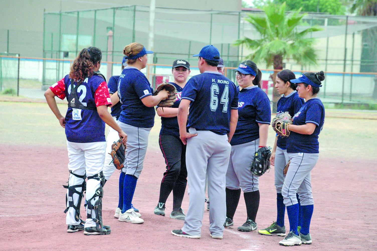 Gacelas gana primer juego de la serie final del grupo B-1