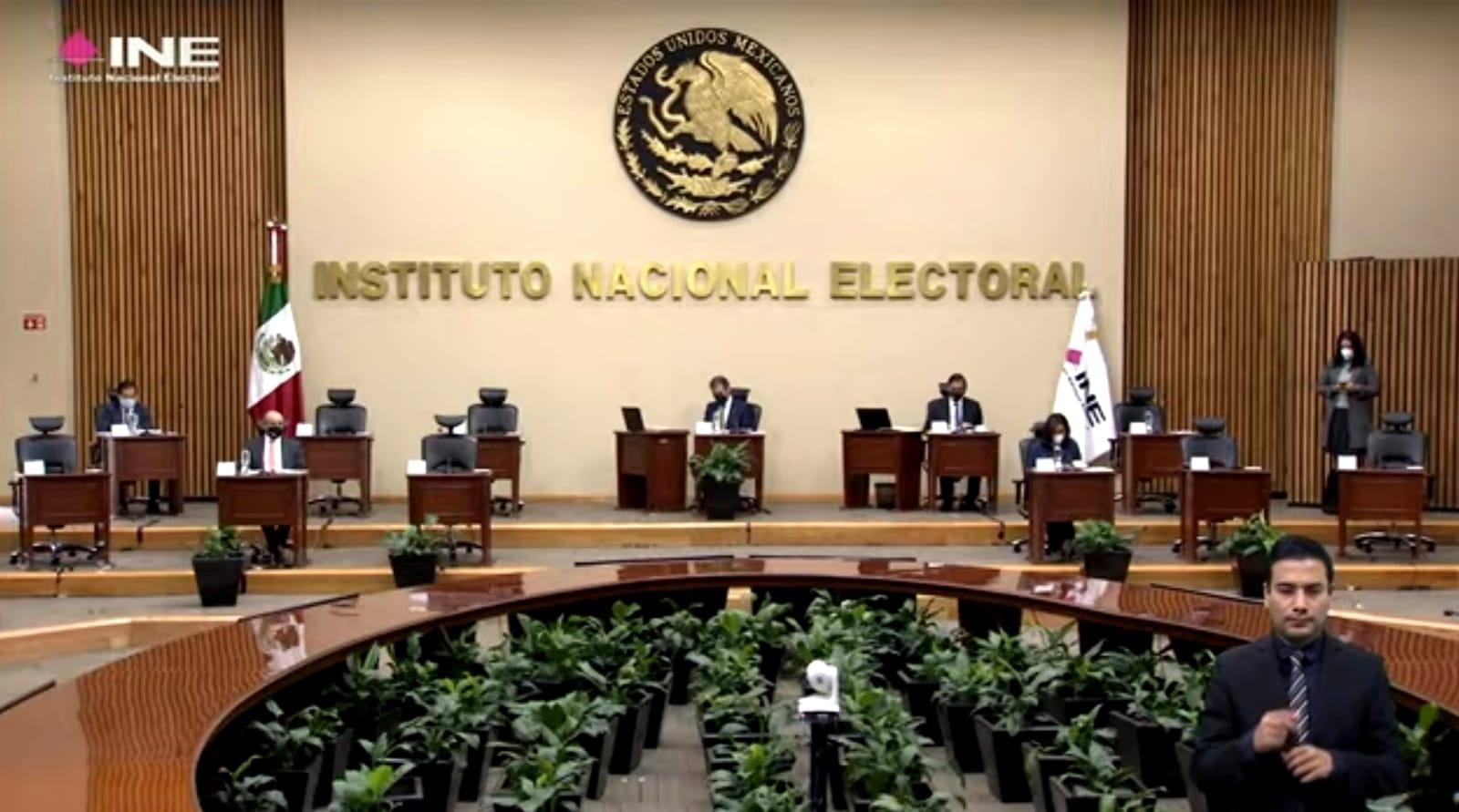 Morena asesora a ciudadanos para impugnar acuerdo del INE