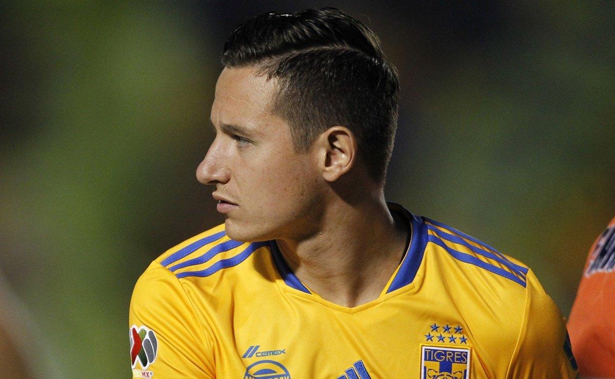 Un desgarre deja fuera de Tigres por tres semanas a Florian Thauvin