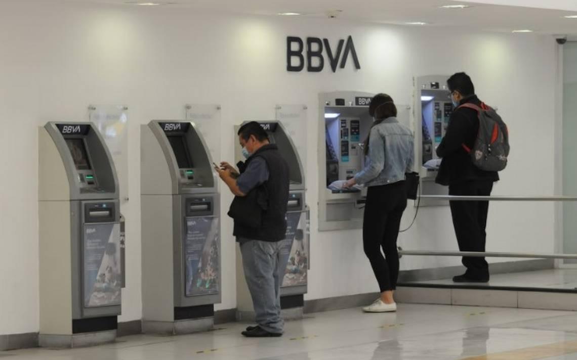 2,945 millones de denuncias a bancos de México