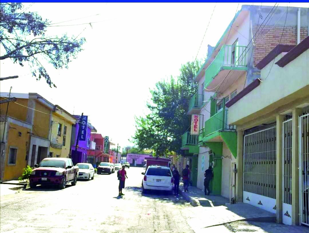 Los haitianos dejan la zona hotelera de Monclova, hace algunos días estaba abarrotada