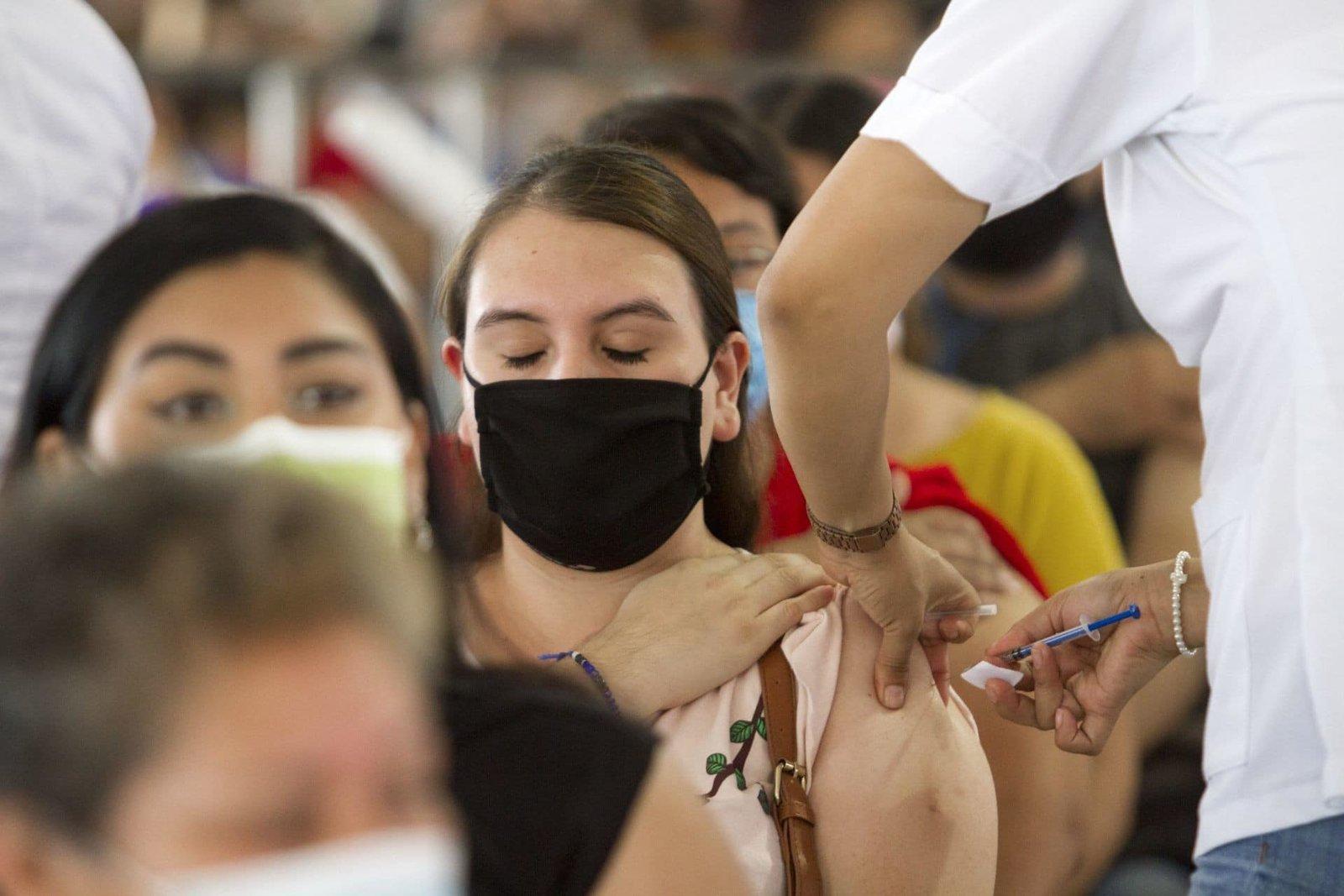 México reporta 533 nuevas muertes y 8,828 nuevos casos por coronavirus