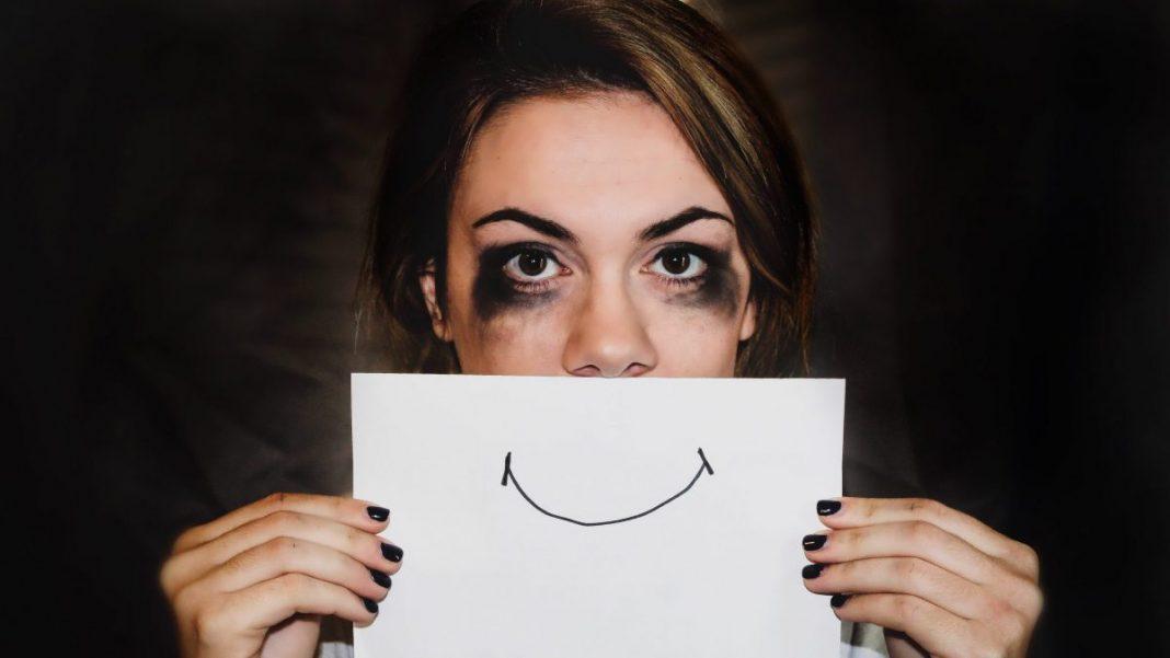 La depresión en jóvenes genera trastornos y adicciones