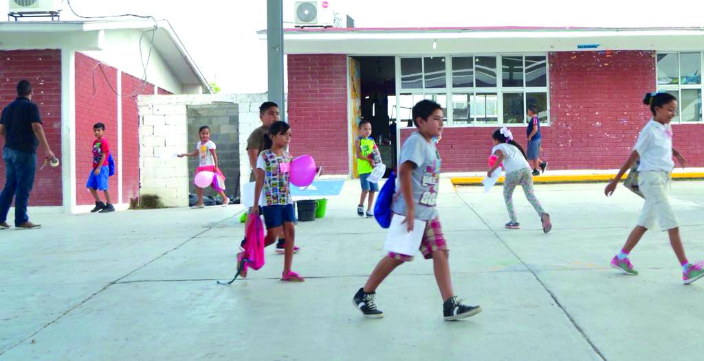 Las escuelas en Piedras Negras operan de manera semipresencial