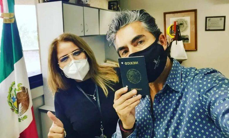 Raúl Araiza aparece en redes con mascarilla de oxígeno y provoca revuelo