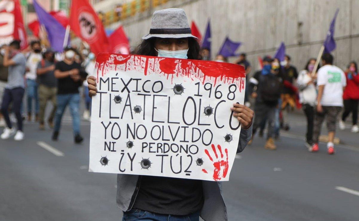 5 personas fueron detenidas en Saltillo durante la marcha de Tlatelolco