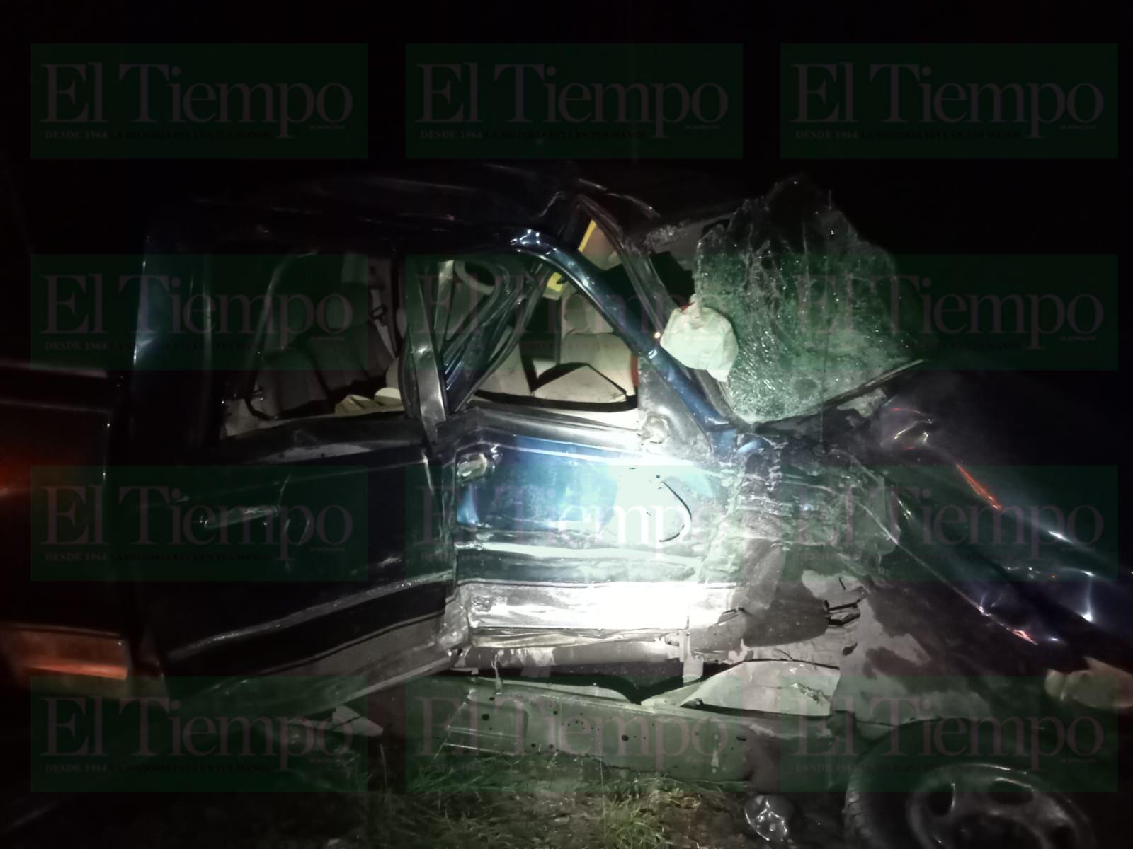 Camioneta es impactada por tráiler en Frontera, el conductor resultó con lesiones graves