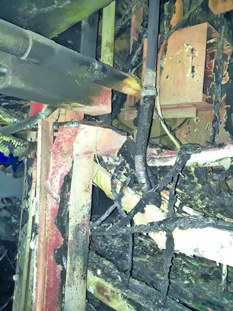 Los obreros de colada continua en AHMSA activan protocolos de seguridad por incendio