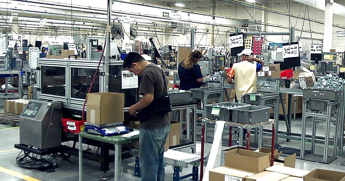 INDEX: No se descartan recortes de personal en maquiladoras por falta de chips