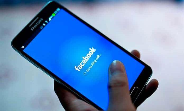 Facebook restablece servicios paulatinamente