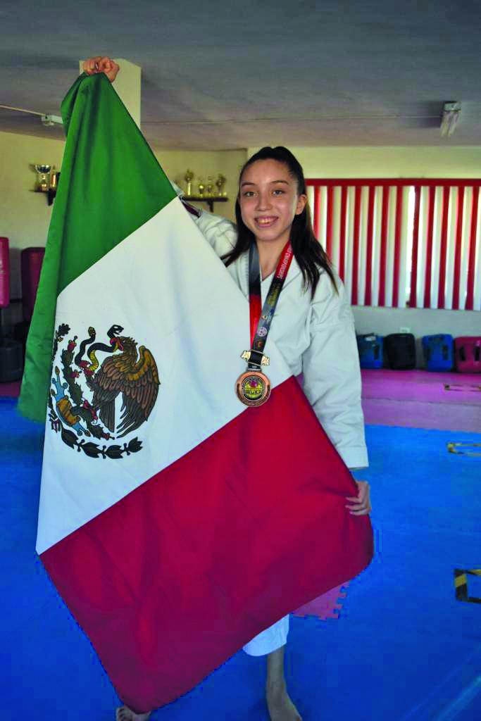 Entrevista a karateca:'Mi mamá fue de enorme ayuda y me sentí acompañada, mi sueño los olímpicos'