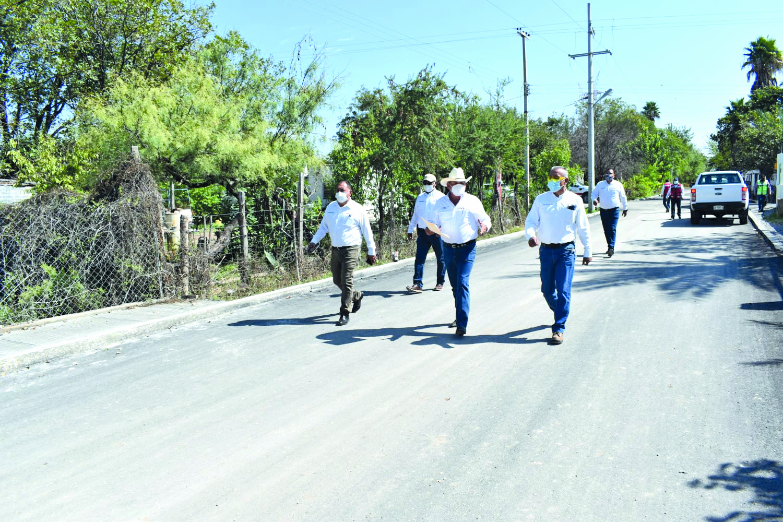 El Ejido Fresnillo recibe 10 cuadras pavimentadas