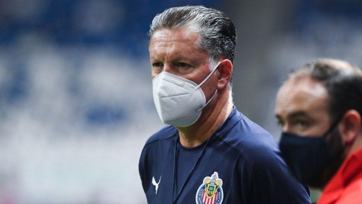 No podemos pisotear el escudo del Guadalajara: Ricardo Peláez
