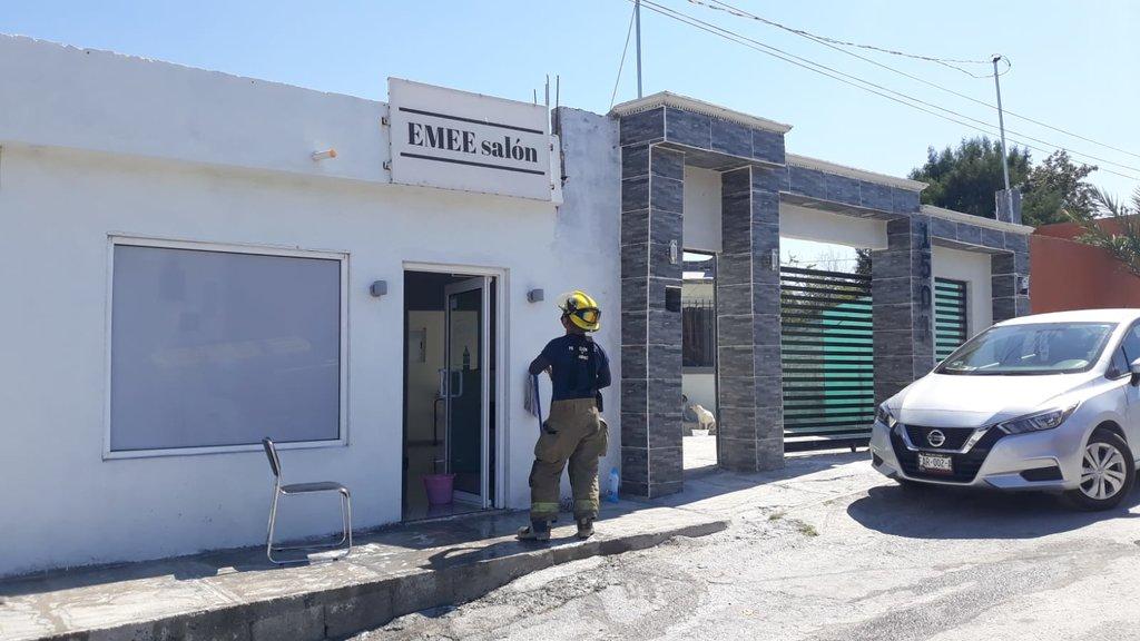 Pirómano corre a trabajadoras de su estética e incendia el local en Monclova