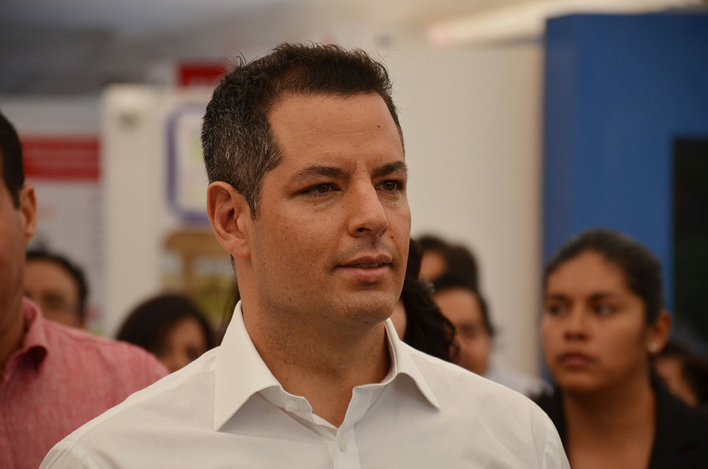 'Abramos la conversación sobre reforma eléctrica', Alejandro Murat
