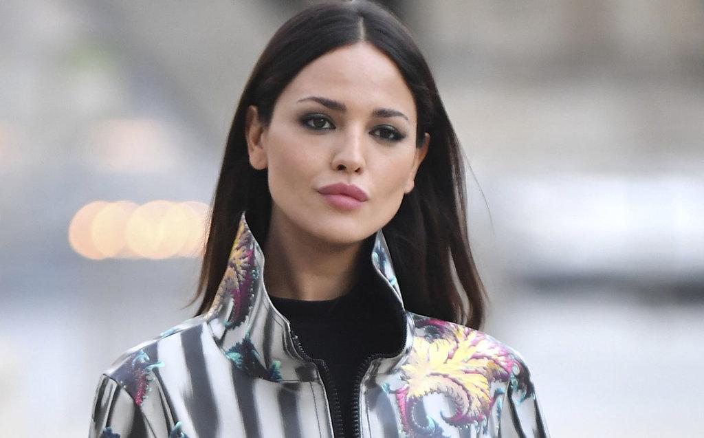 Eiza González enamoró a todos con su look en París Fashion Week