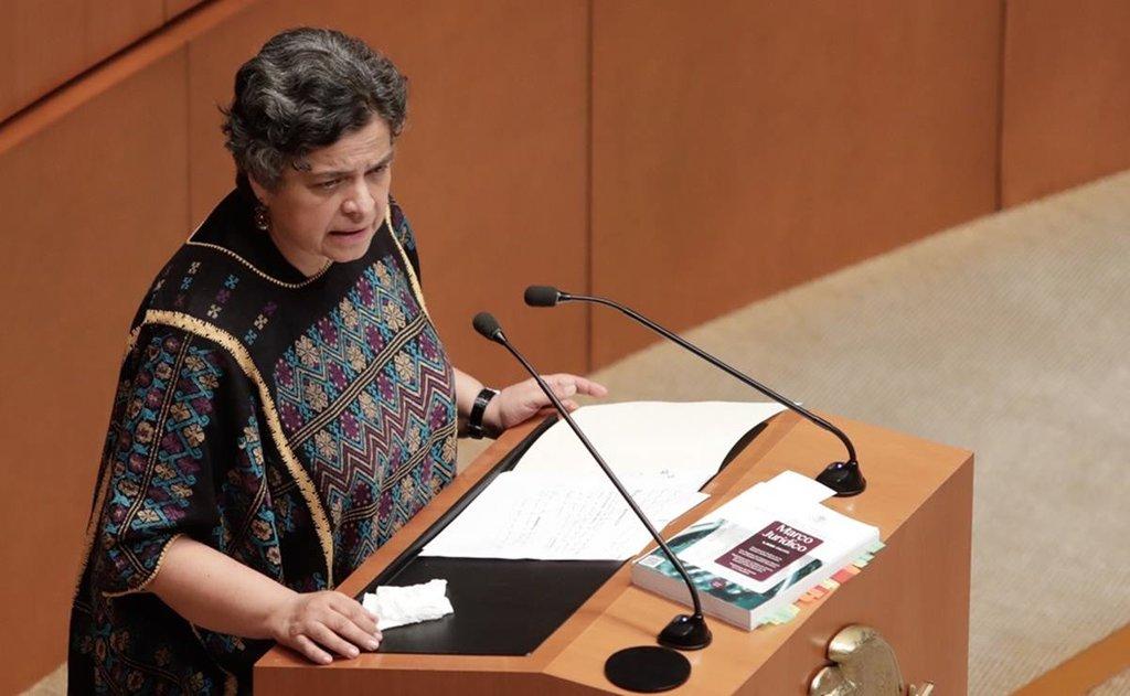Hospitalizan a la senadora Beatriz Paredes tras sufrir accidente