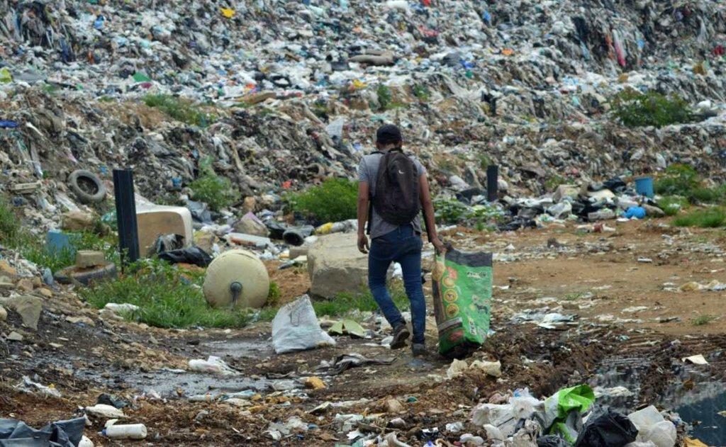 Rechazan colonos ampliación de basurero en Zaachila por contaminación