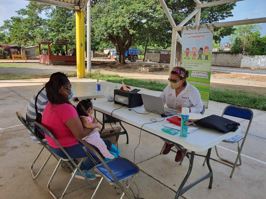 Alistan campaña de registros de nacimientos gratuitos en Oaxaca