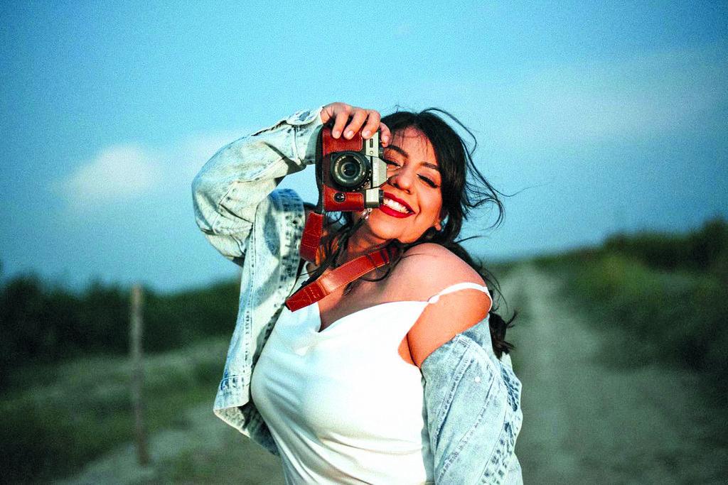 Tete Rodríguez: entre fotografías, café y romanticismo