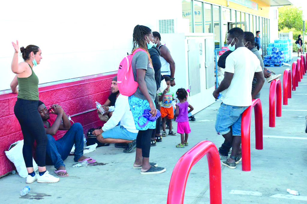 Los haitianos son apoyados para legalizar su estancia en la Región Centro de Coahuila