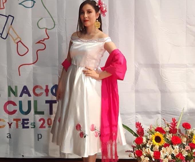 María Fernanda gana el Festival Nacional de Arte y Cultura de los CECYTEC