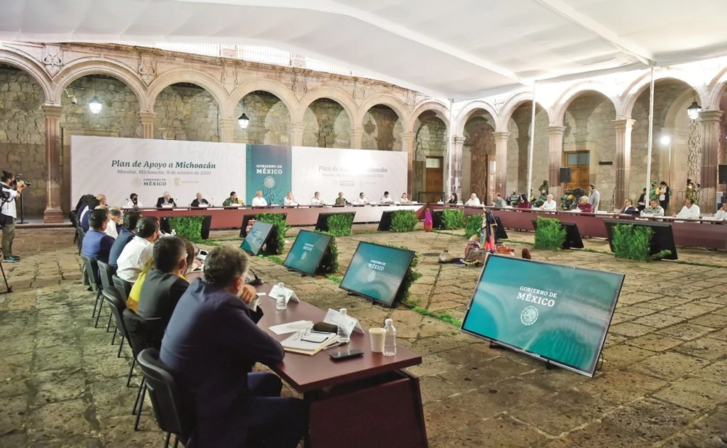 Meses después, AMLO ofrece plan para Michoacán