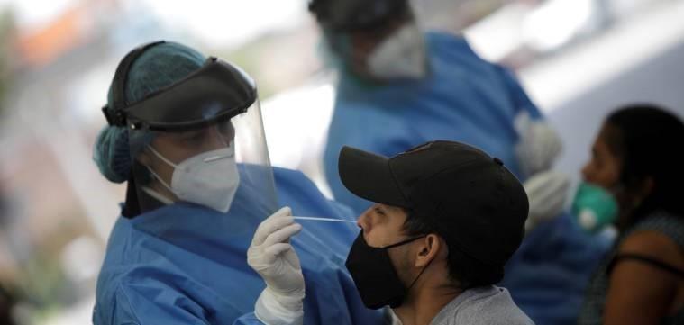 En Coahuila bajan 31% los contagios al día en octubre