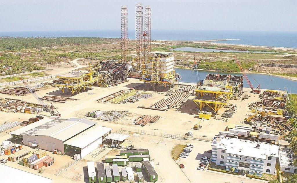 FMI propone a México posponer la refinería