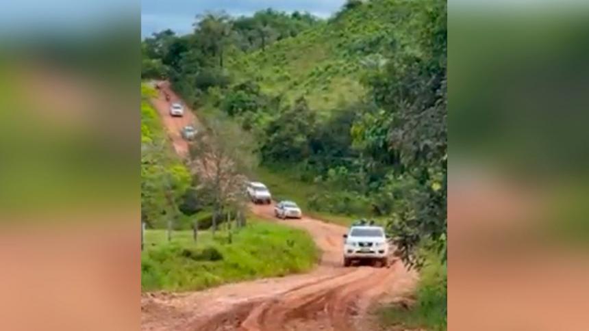 Atentan con explosivo contra la caravana del gobernador del Meta, en Colombia