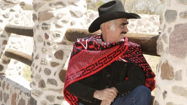 Vicente Fernández con una limitada calidad de vida