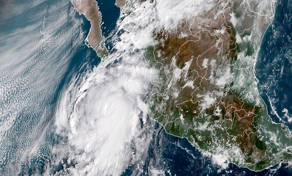 'Pamela' tocará tierra como huracán en Sinaloa, alerta SMN