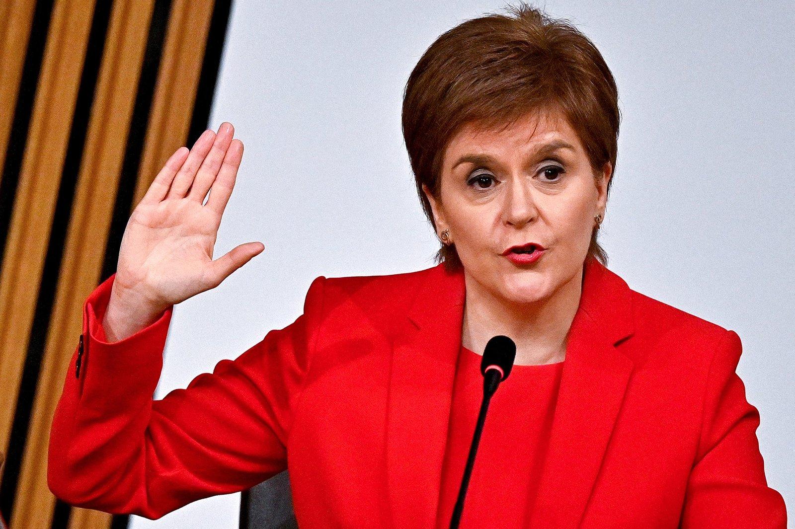 La ministra principal de Escocia insta a alcanzar los objetivos de París