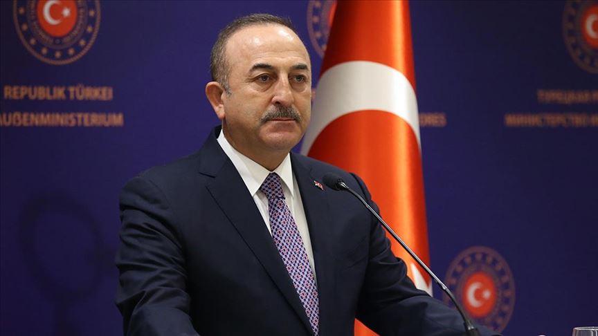 Turquía culpa a Rusia y EU de ataques desde Siria y amenaza con intervenir