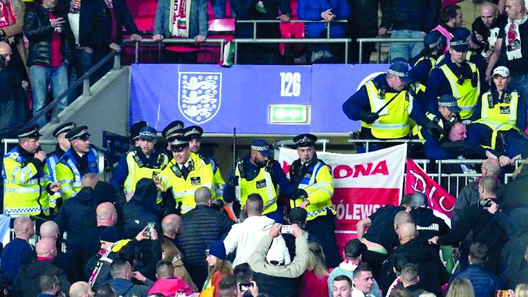 Seis personas fueron arrestadas en Wembley por enfrentamientos