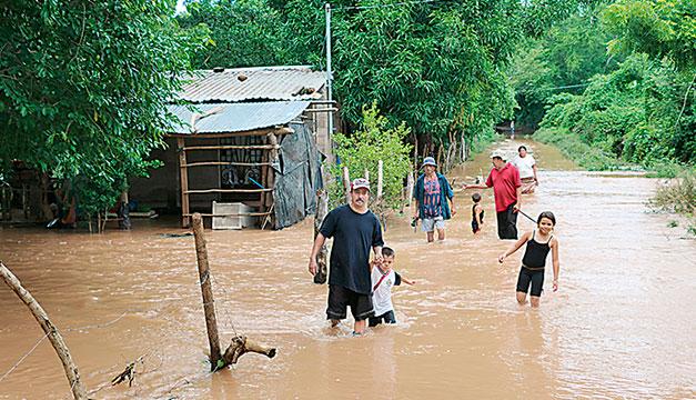 El BID aprueba un préstamo a El Salvador para impacto de desastres naturales
