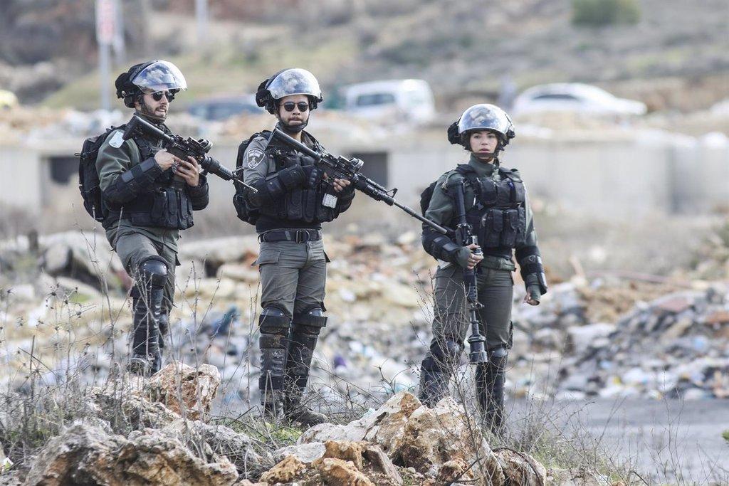 Ejército israelí mata a palestino que lanzaba cócteles molotov en Cisjordania