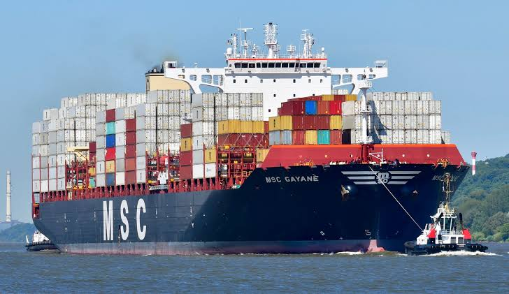 Decomisan cerca de 200 kilos de cocaína transportados en un bote en Perú